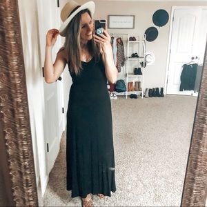 Black spaghetti strap maxi dress Small